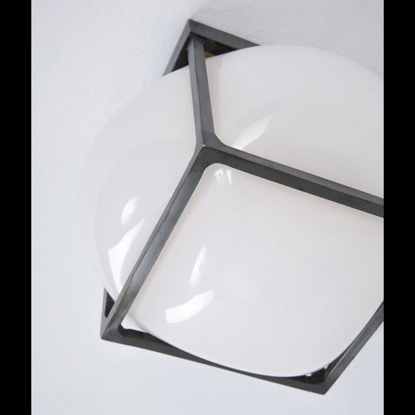 BULLE SCONCE LIGHT by ATELIER DE TROUPE