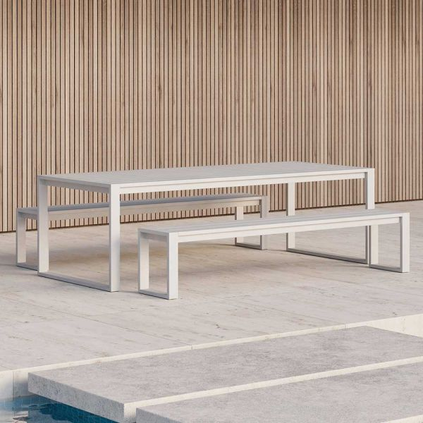 EOS OUTDOOR COMMUNAL BENCH by CASE FURNITURE