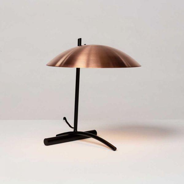 DE TABLE LAMP By ATELIER DE TROUPE