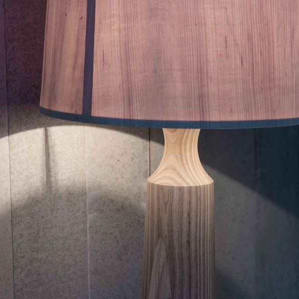 DEROME COLUMN TABLE LIGHT by PINCH