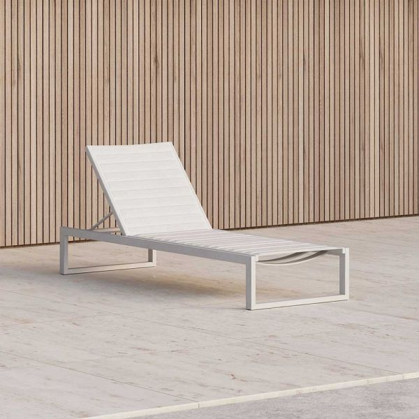 EOS OUTDOOR SUN LOUNGE by CASE FURNITURE