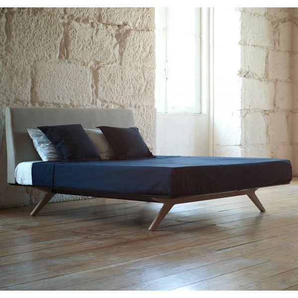 HEPBURN BED by MATTHEW HILTON for De la Espada