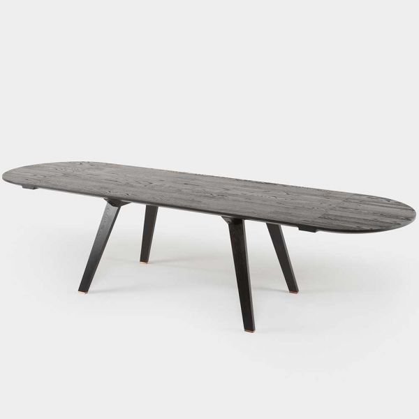 Together extending dining table by Studioilse