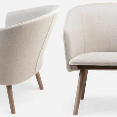 SAIA LOUNGE CHAIR - MATTHEW HILTON