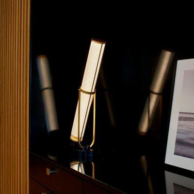 LA LAMPE FRECHIN - DCW EDITIONS