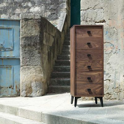 MCQUEEN TALL CHEST BY MATTHEW HILTON - DE LA ESPADA